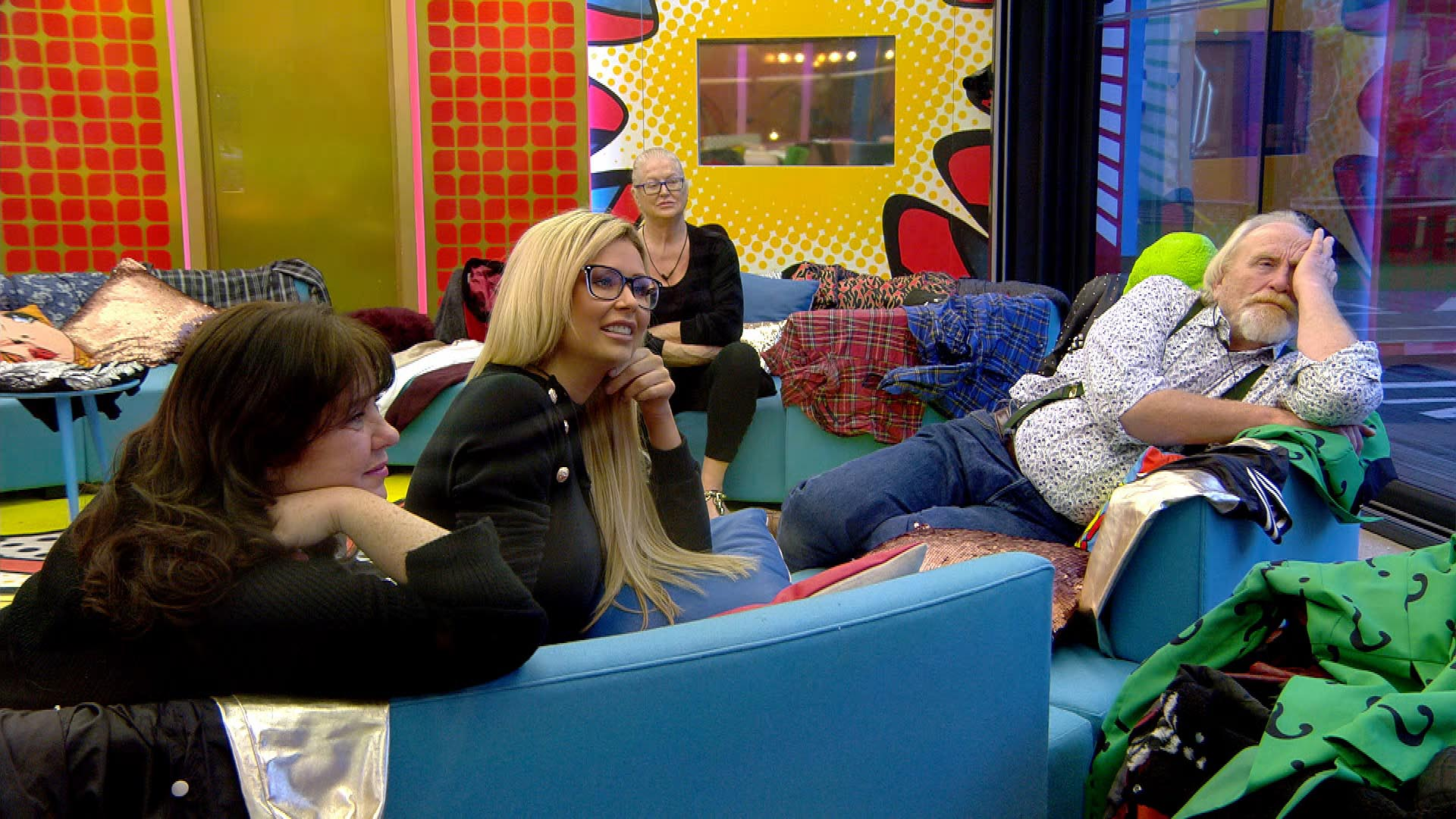 Day 31: HIGHLIGHTS: John runs out of underwear and Housemates discuss kim.
